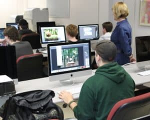 Art class with computers